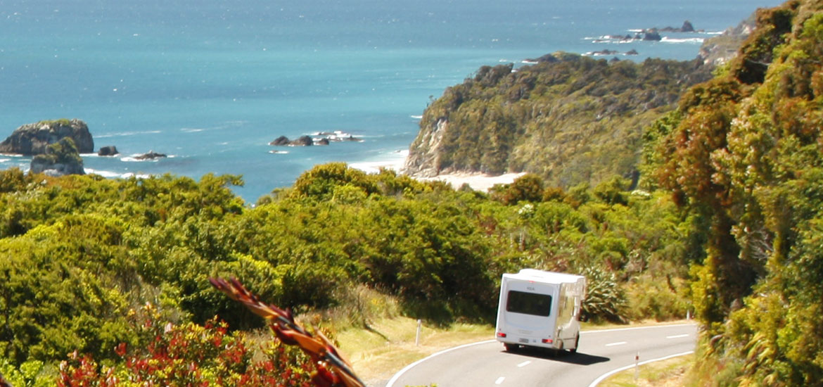 NZMCA Camper heading north for the annual rally